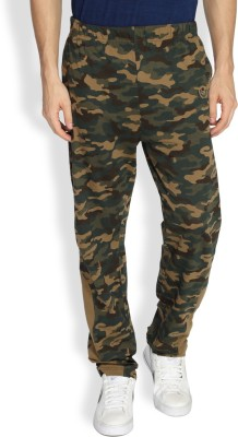 Difference of Opinion Printed Men's Green Track Pants