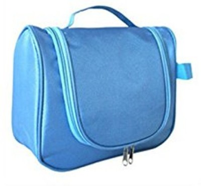 Inventure Retail Hanging Toiletries Bag