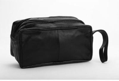 Kuero Black leatherette pouch