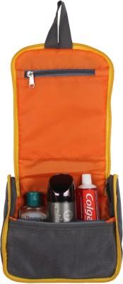 Layout Fresh Travel Toiletry Kit