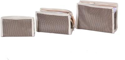 PRETTY KRAFTS B1133 Travel Toiletry Kit