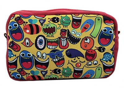 The Crazy Me Quirk Up Travel Toiletry Kit