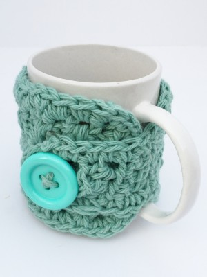 saaheli Coffee Cozy Hearts and Flowers Cup wool Trivet Cyan Trivet