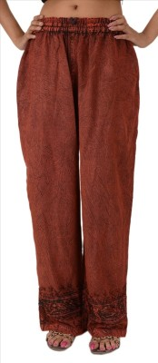 Skirts & Scarves Regular Fit Women's Maroon Trousers