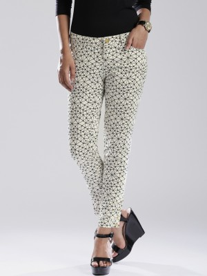 D Muse by DressBerry Slim Fit Women's White Trousers