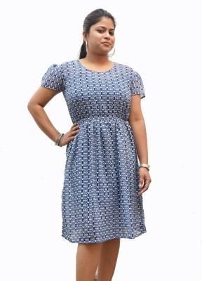 Sharleez Graphic Print Women's Tunic