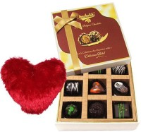 Chocholik Valentine Day Gift - 9Pc Adorable Treat Of Chocolate Box With Heart Pillow Cushion Gift Set best price on Flipkart @ Rs. 1049