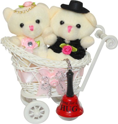 CTW Valentine Gift Teddy Couple Love Cycle Trolly With Ring For Hug Keychain valentine Day Gift Set
