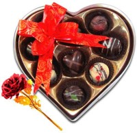 Chocholik Valentine Day Gift - 9Pc Mini Chocolates With Red Gold Rose Artificial Flower Gift Set best price on Flipkart @ Rs. 1599