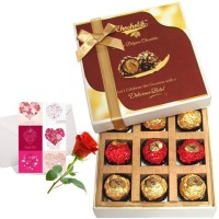 Chocholik Valentine Day Gift - 9Pc Loaded Blush Chocolate Treat With Love Card And Rose Greeting Card Gift Set best price on Flipkart @ Rs. 1018
