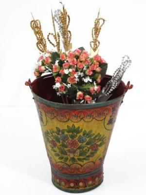 Artlivo Iron Vase