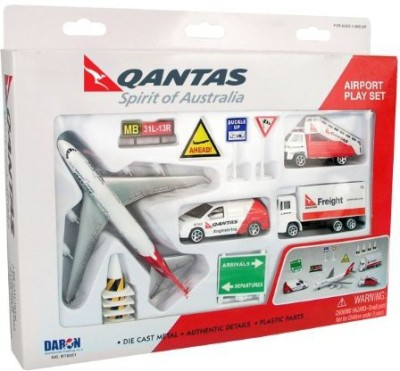 Daron Qantas Airport Playset12Piece
