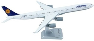 Hogan Wings Airbus Lufthansa A340 Nurnmberg Scale 1:200 (without Landing Gear)