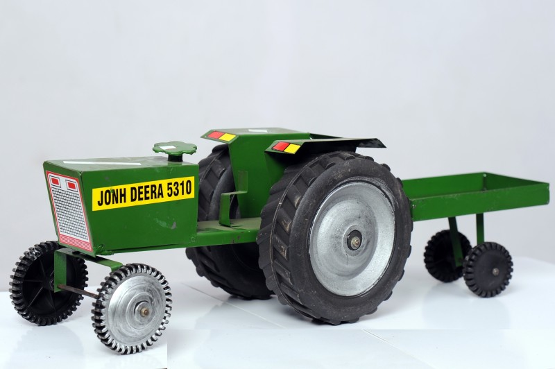 Azad Industries Tractor(Green, Black)