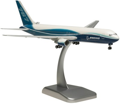 Hogan Wings Boeing 767-300ER House Colour 1:200 (with Landing Gear)
