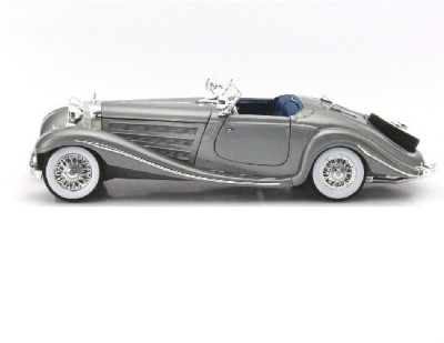 Maisto Mercedes Benz 500 K Special Roadster Year 1934-1936 Silver 1:18 Diecast Model Car