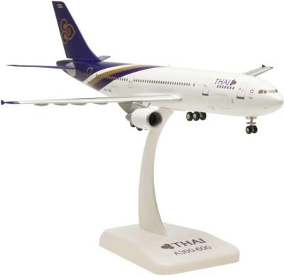 Hogan Wings Airbus 300-600R Thai Airways, Scale 1:200 (with Stand with Gear)
