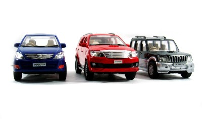 Toyzstation Innova, Fortuner, Scorpio Miniature Scale Models