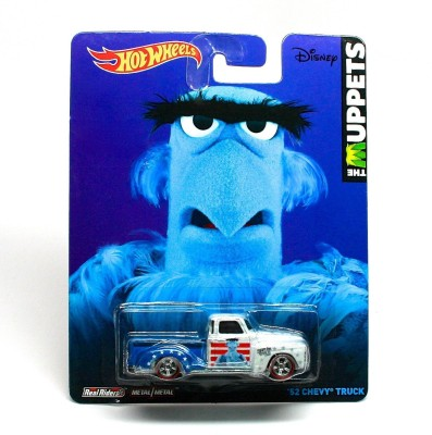 Hot Wheels Sam The Eagle / ,52 Chevy Truck * Disney / The Muppets