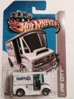Mattel 2013 Hot Wheels Hw City Treasure Hunt Bread Box