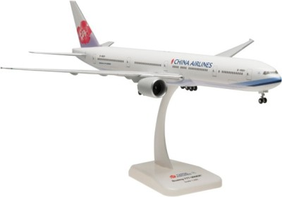 Hogan Wings Boeing 777-300ER China Airlines, Scale 1:200 (with Stand with Gear)