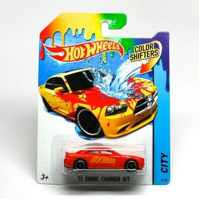 HotWheels Color Shifter 11 Dodge Charger R/T BHR15