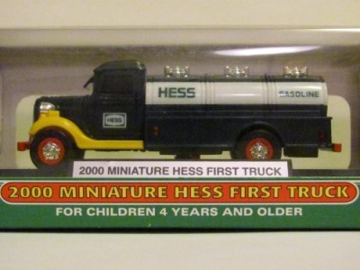 eaglecollector83 2000 Miniature Hess First Truck In Original Unopened Box