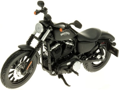 Maisto 2014 Harley Davidson 2014 Sportster Iron 883 - 1:12 Scale Diecast Motorcycle