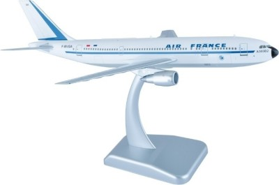 Hogan Wings Airbus A300 B2 Air France, Scale 1:200 With Stand With Gear