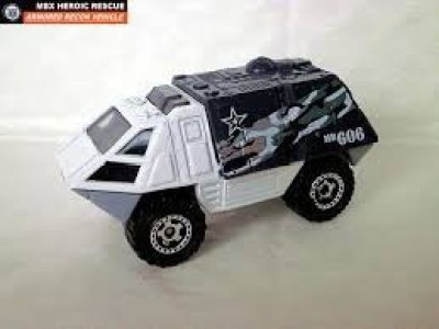 Mattel Matchbox 2014 91 / 120 Armored Recon Mbx Heroic Rescue