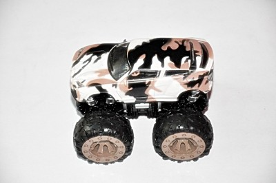 Ruppiee Shoppiee Monster Army Car