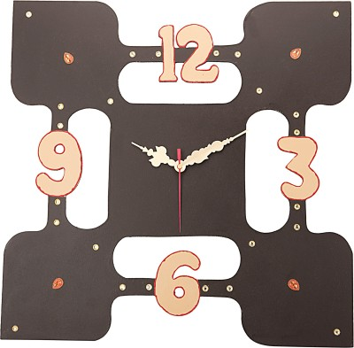 Shrikala Analog Wall Clock