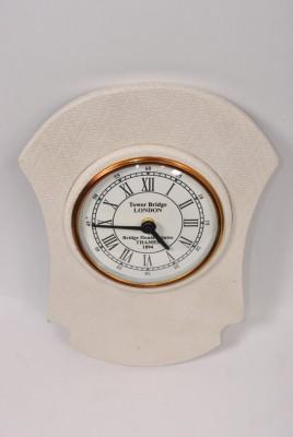 Iqa Analog Wall Clock