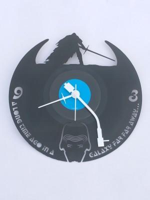 Fufuh Analog 26.67 cm Dia Wall Clock