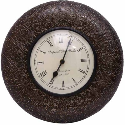 Indikala Analog 31 cm Dia Wall Clock(Brass, With Glass)