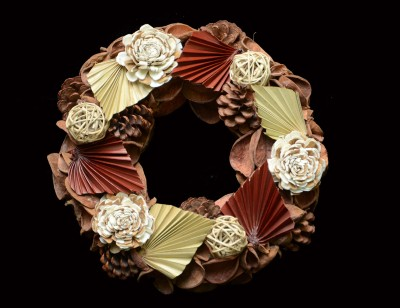 Exotic Creations Apple Pie - Dried flower wreath
