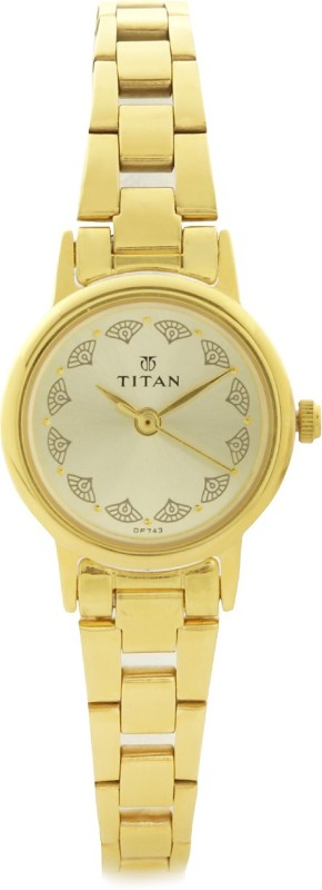 Titan 917YM12 Analog Watch For Women