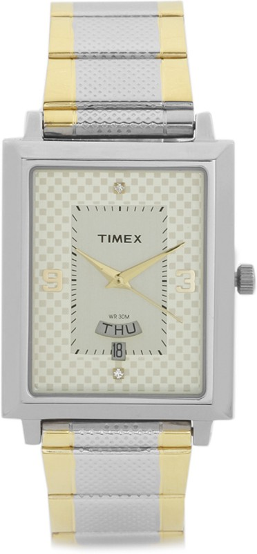 Timex TW000Q407 Classics Analog Watch For Men
