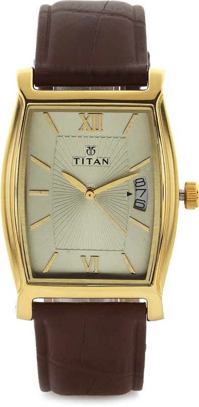 Titan 1530YL04 Analog Watch For Men