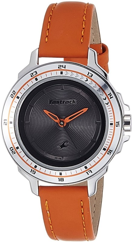 Fastrack 6135SL01 Analog Watch For Women